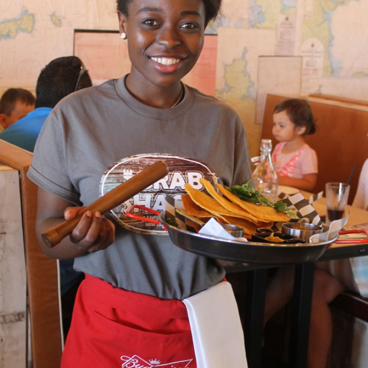 crabshack-gallery-waitress.jpg